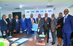 (Middle) Patrick Akinwuntan, MD/CEO, Ecobank Nigeria; Bayo Olugbemi, the President/Chairman of Council, CIBN and other senior members of Ecobank Nigeria and the CIBN